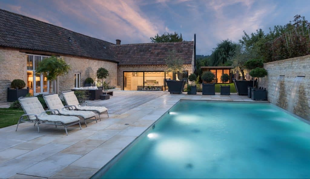 Luxury Cottage with Pool